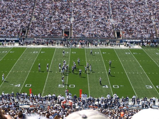 Penn State vs Akron 2009. The author of this photo is William F. Yurasko and this file is licensed under the Creative Commons Attribution 2.0 Generic license.